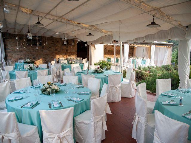 Il matrimonio di Luca e Valentina a Carmignano, Prato 126