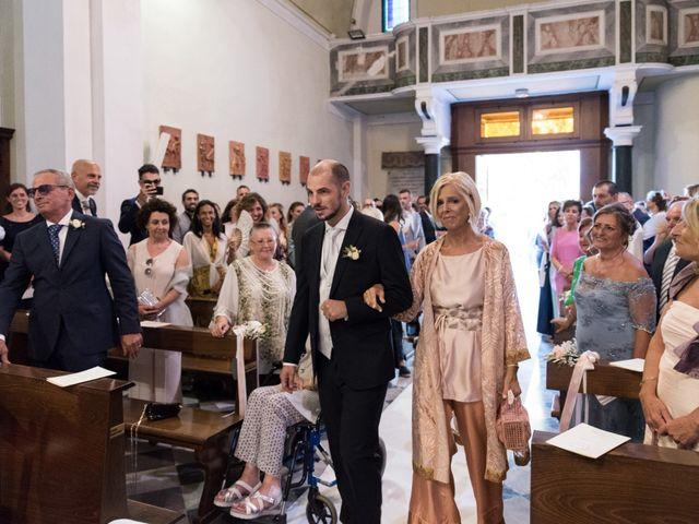 Il matrimonio di Luca e Carolina a Livorno, Livorno 14