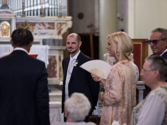 Il matrimonio di Luca e Carolina a Livorno, Livorno 15