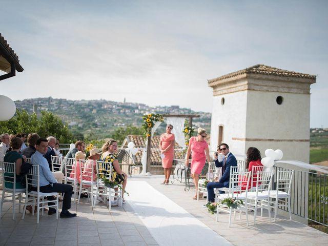 Il matrimonio di Rik e Petra a Città Sant'Angelo, Pescara 41