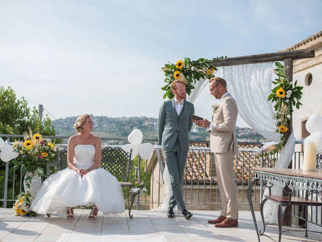 Il matrimonio di Rik e Petra a Città Sant'Angelo, Pescara 44