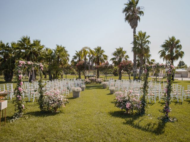 Il matrimonio di Gianluca e Loredana a Brindisi, Brindisi 14