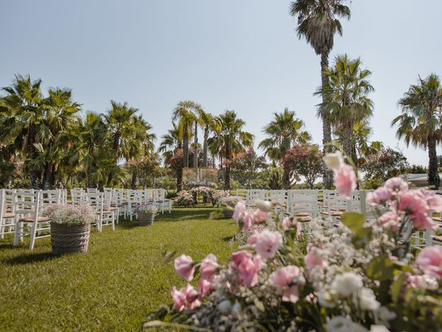 Il matrimonio di Gianluca e Loredana a Brindisi, Brindisi 15