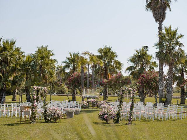 Il matrimonio di Gianluca e Loredana a Brindisi, Brindisi 16