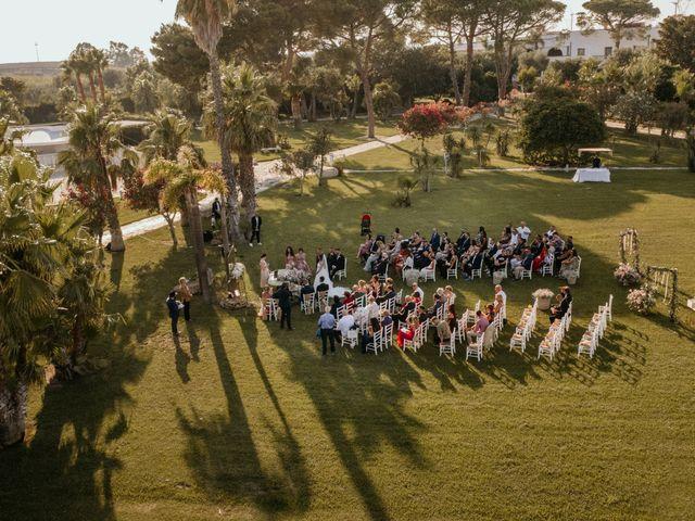Il matrimonio di Gianluca e Loredana a Brindisi, Brindisi 22