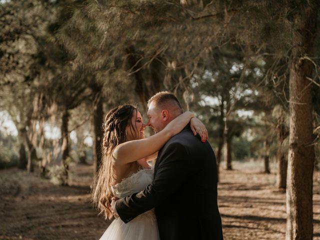 Il matrimonio di Gianluca e Loredana a Brindisi, Brindisi 27