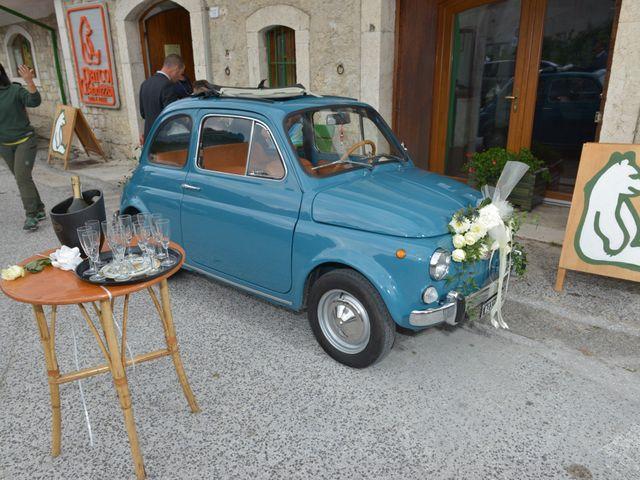 Il matrimonio di Fabio e Elena a Villetta Barrea, L'Aquila 32