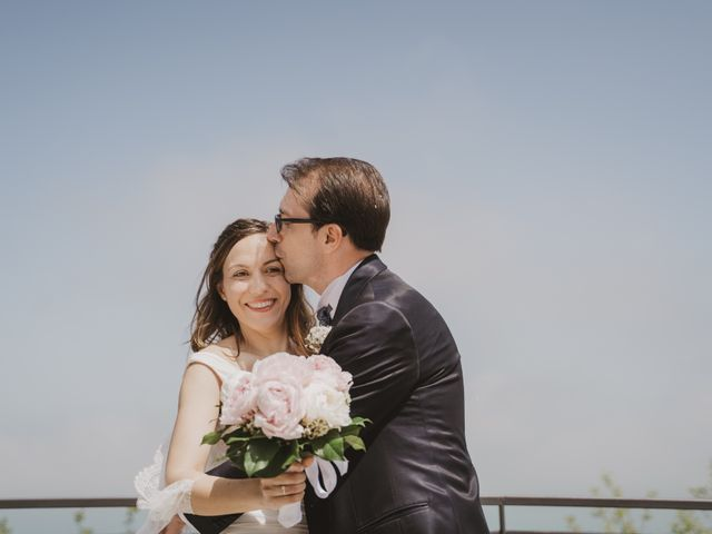 Il matrimonio di Luigi e Lucia a Campomarino, Campobasso 20