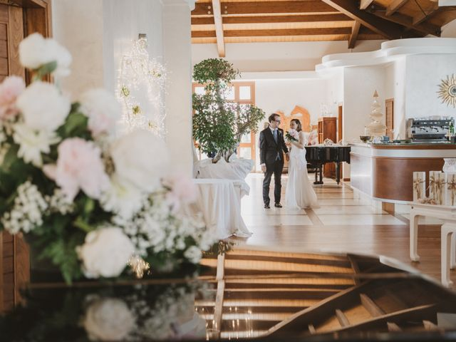 Il matrimonio di Luigi e Lucia a Campomarino, Campobasso 25