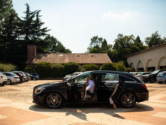 Il matrimonio di Andrea e Aurèlie a Colle Umberto, Treviso 50