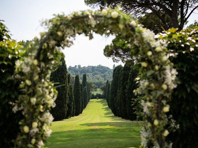 Il matrimonio di Andrea e Aurèlie a Colle Umberto, Treviso 53