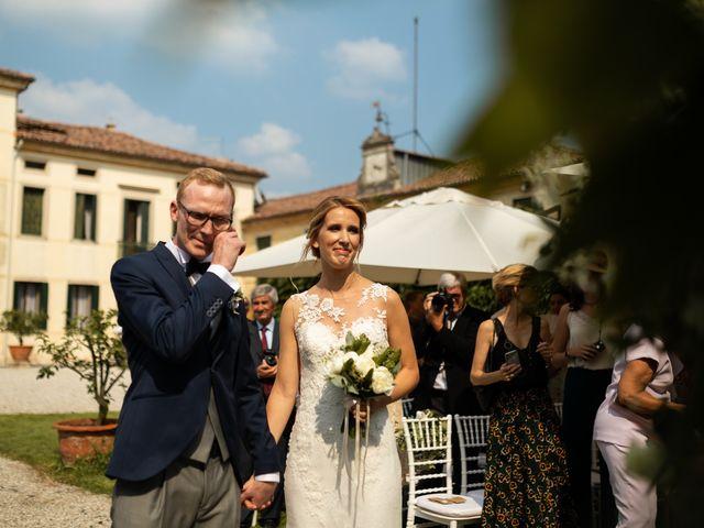Il matrimonio di Andrea e Aurèlie a Colle Umberto, Treviso 75