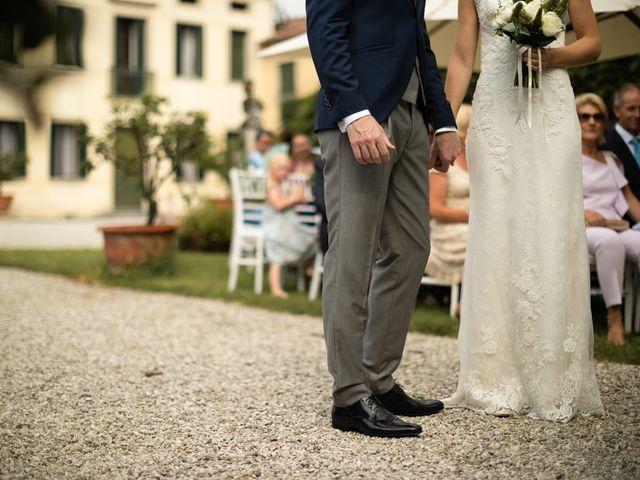 Il matrimonio di Andrea e Aurèlie a Colle Umberto, Treviso 79