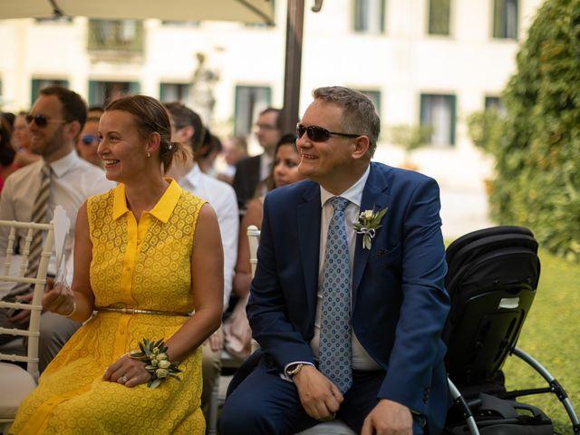 Il matrimonio di Andrea e Aurèlie a Colle Umberto, Treviso 83