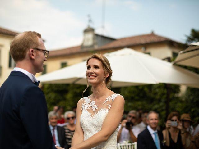 Il matrimonio di Andrea e Aurèlie a Colle Umberto, Treviso 87