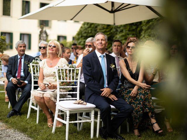 Il matrimonio di Andrea e Aurèlie a Colle Umberto, Treviso 88