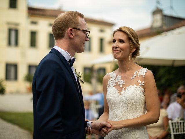 Il matrimonio di Andrea e Aurèlie a Colle Umberto, Treviso 93