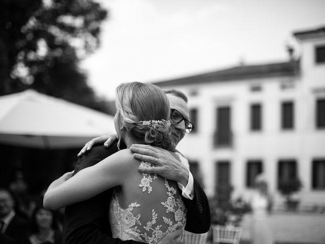 Il matrimonio di Andrea e Aurèlie a Colle Umberto, Treviso 96