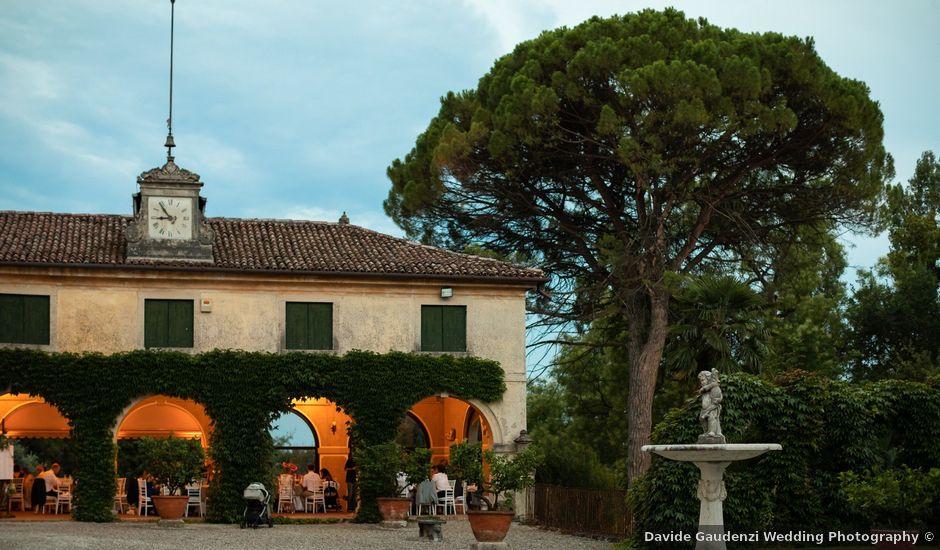 Il matrimonio di Andrea e Aurèlie a Colle Umberto, Treviso