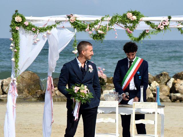 Il matrimonio di Luca e Natalia a Misano Adriatico, Rimini 11