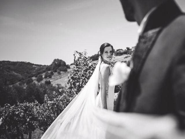 Il matrimonio di Ferd e Lara a Serra de' Conti, Ancona 15