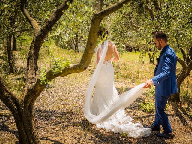 Il matrimonio di Ferd e Lara a Serra de' Conti, Ancona 16
