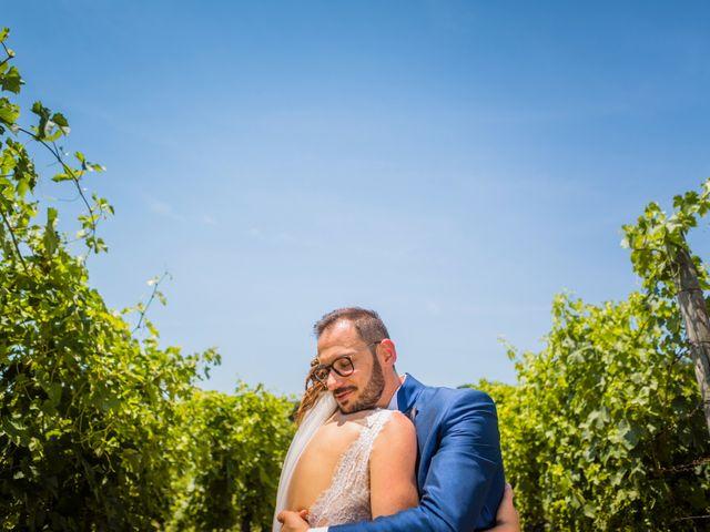 Il matrimonio di Ferd e Lara a Serra de' Conti, Ancona 19