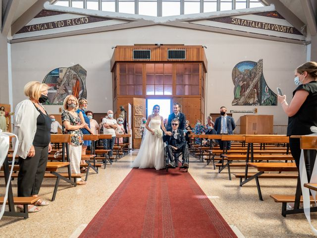 Il matrimonio di Simone e Federica a Roseto degli Abruzzi, Teramo 23