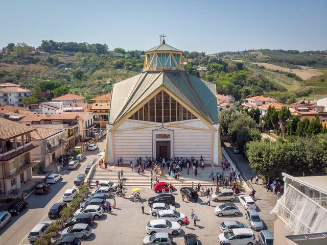 Il matrimonio di Simone e Federica a Roseto degli Abruzzi, Teramo 34