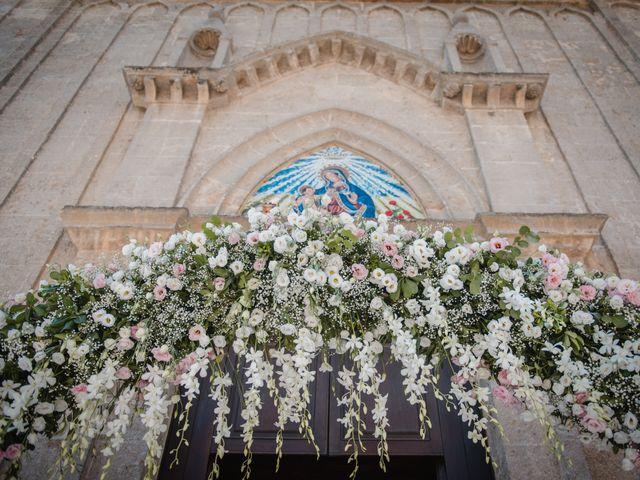 Il matrimonio di Davide e Denise a Torre Santa Susanna, Brindisi 12