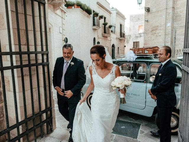 Il matrimonio di Michele e Claire a Lecce, Lecce 28