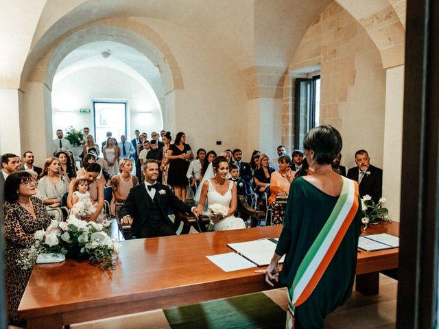 Il matrimonio di Michele e Claire a Lecce, Lecce 30
