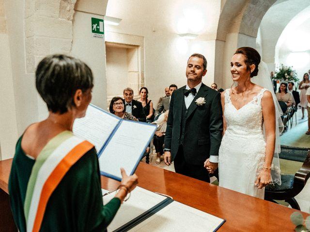 Il matrimonio di Michele e Claire a Lecce, Lecce 32