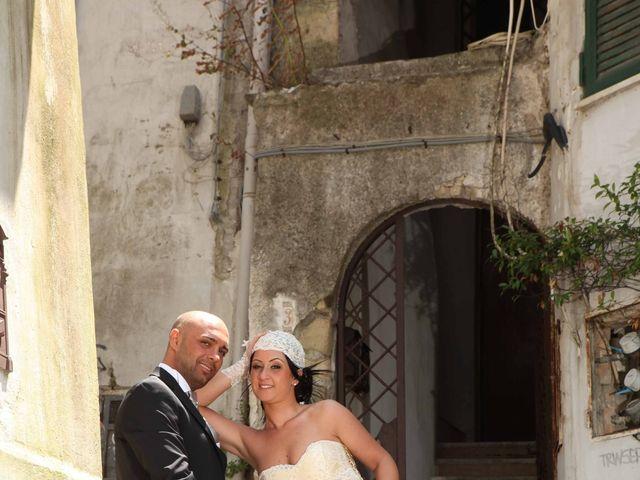Il matrimonio di Emanuela e Diego a Napoli, Napoli 34