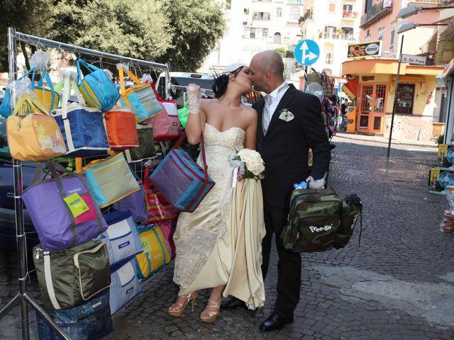Il matrimonio di Emanuela e Diego a Napoli, Napoli 37