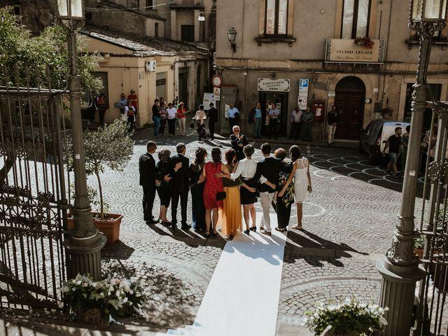 Il matrimonio di Salvo e Mariangela a Enna, Enna 32