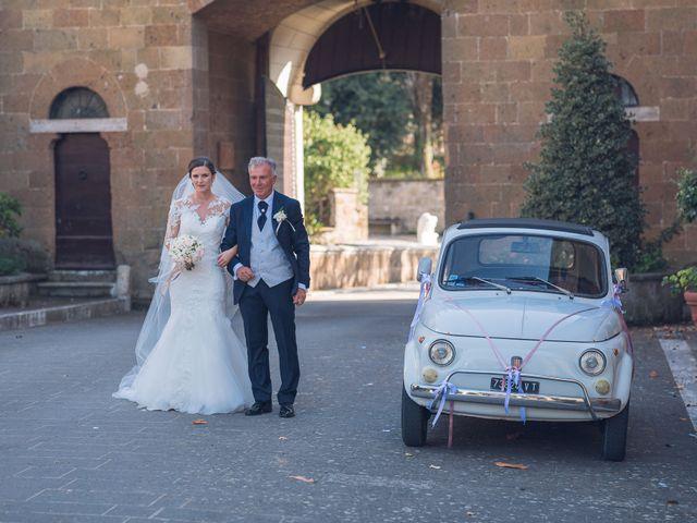 Il matrimonio di Laura e Giovanni a Pitigliano, Grosseto 10