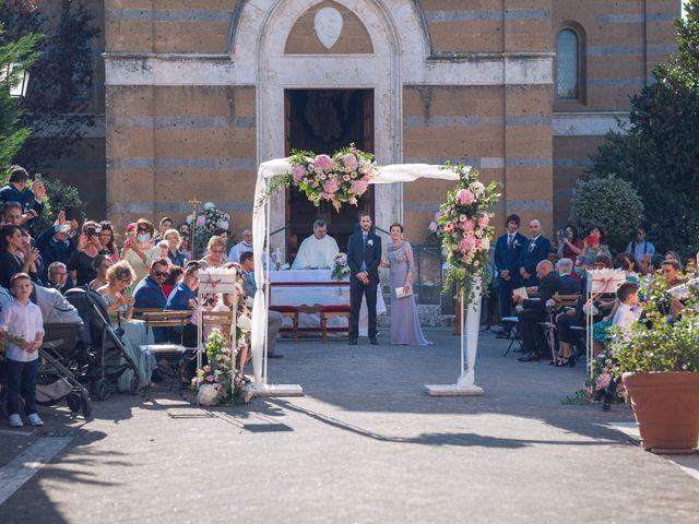 Il matrimonio di Laura e Giovanni a Pitigliano, Grosseto 11