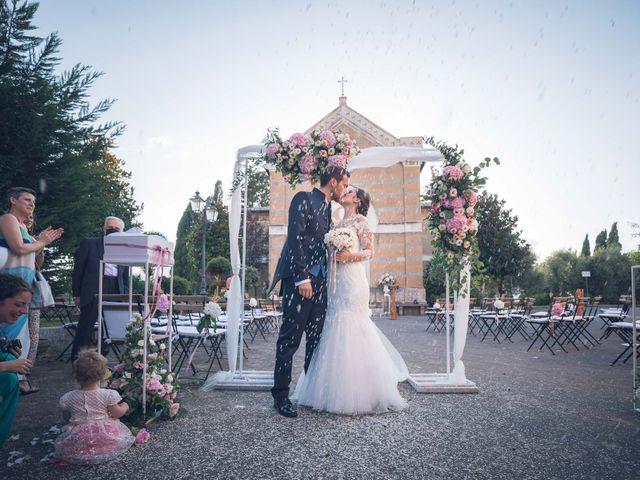 Il matrimonio di Laura e Giovanni a Pitigliano, Grosseto 18