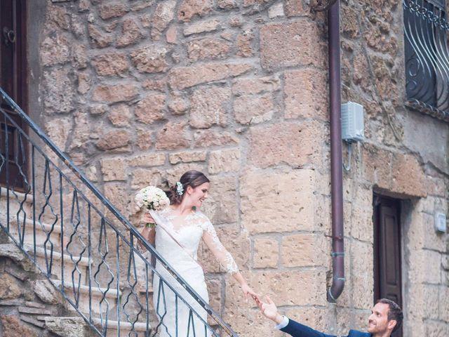Il matrimonio di Laura e Giovanni a Pitigliano, Grosseto 23
