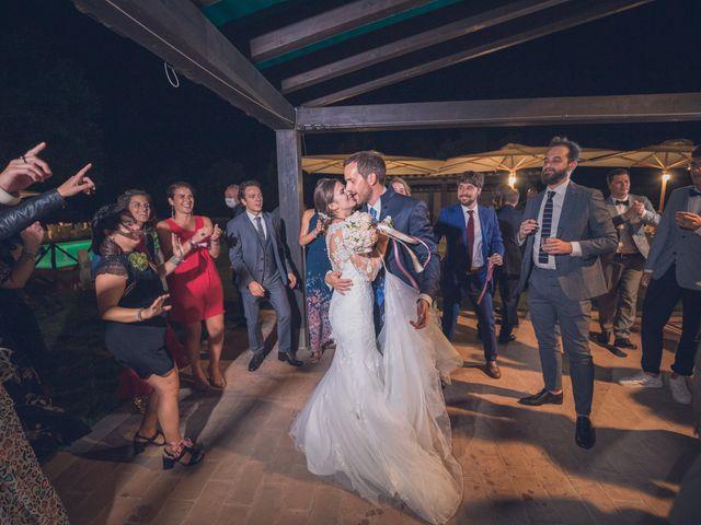 Il matrimonio di Laura e Giovanni a Pitigliano, Grosseto 34