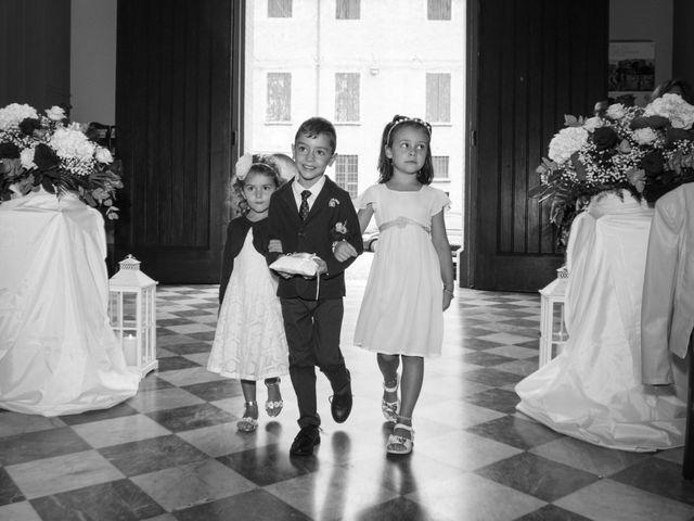 Il matrimonio di Luca e Elisa a Camposanto, Modena 19
