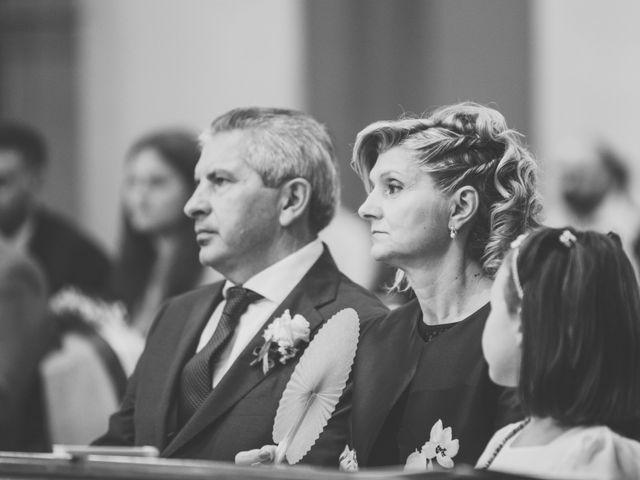 Il matrimonio di Luca e Elisa a Camposanto, Modena 24