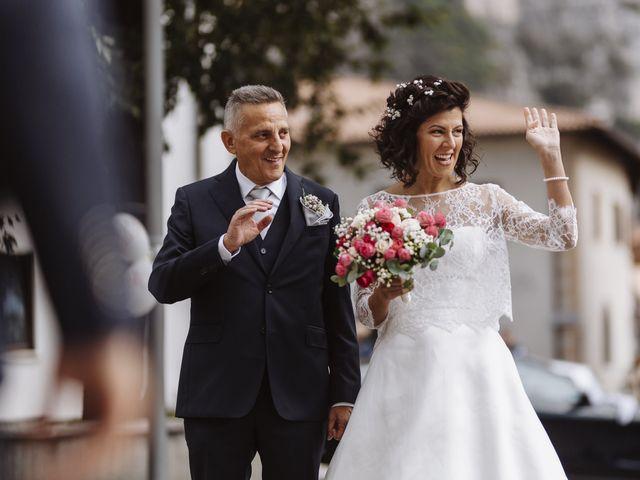 Il matrimonio di Adriano e Roberta a Roverè della Luna, Trento 10