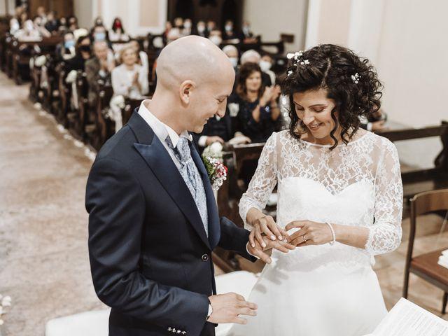 Il matrimonio di Adriano e Roberta a Roverè della Luna, Trento 13
