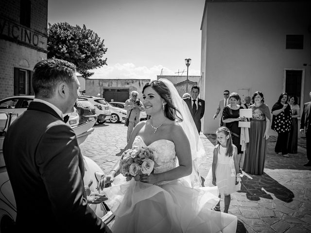 Il matrimonio di Marco e Roberta a Maiolati Spontini, Ancona 24