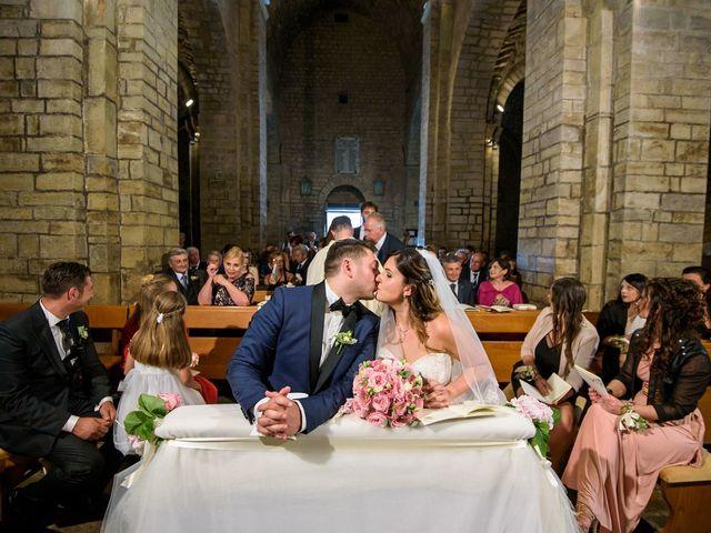 Il matrimonio di Marco e Roberta a Maiolati Spontini, Ancona 38