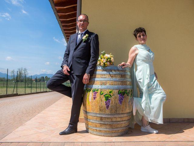 Il matrimonio di Roberto e Chiara a Binago, Como 23