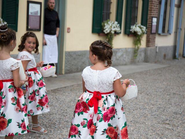 Il matrimonio di Luca e Serena a Besate, Milano 30