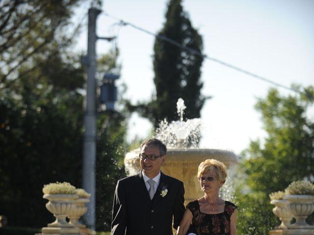 Il matrimonio di Fabrizio e Erica a Mogliano, Macerata 9